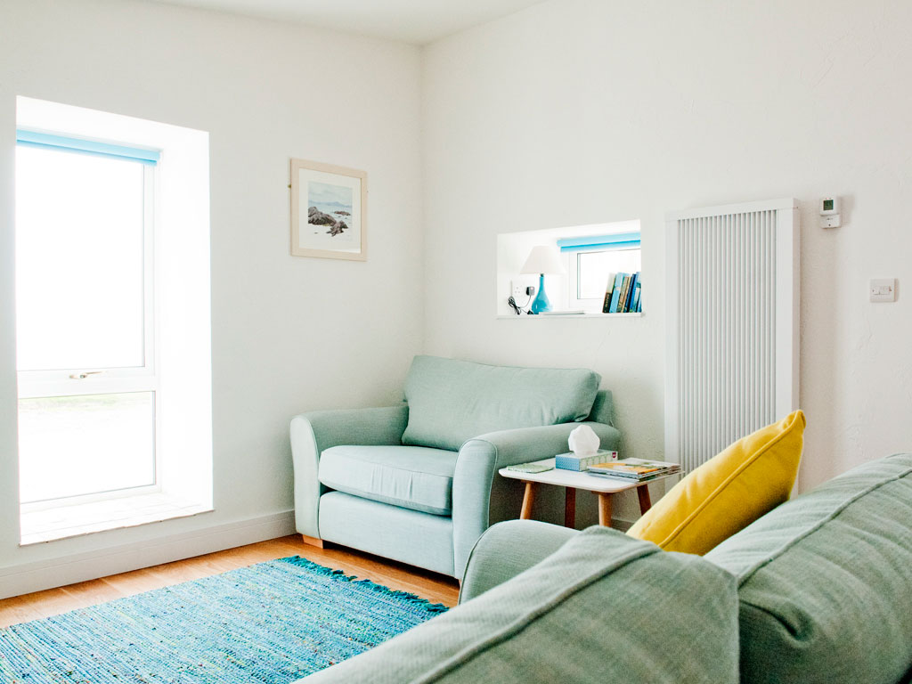 somewhere to relax at Blue Beyond Cottage Tiree