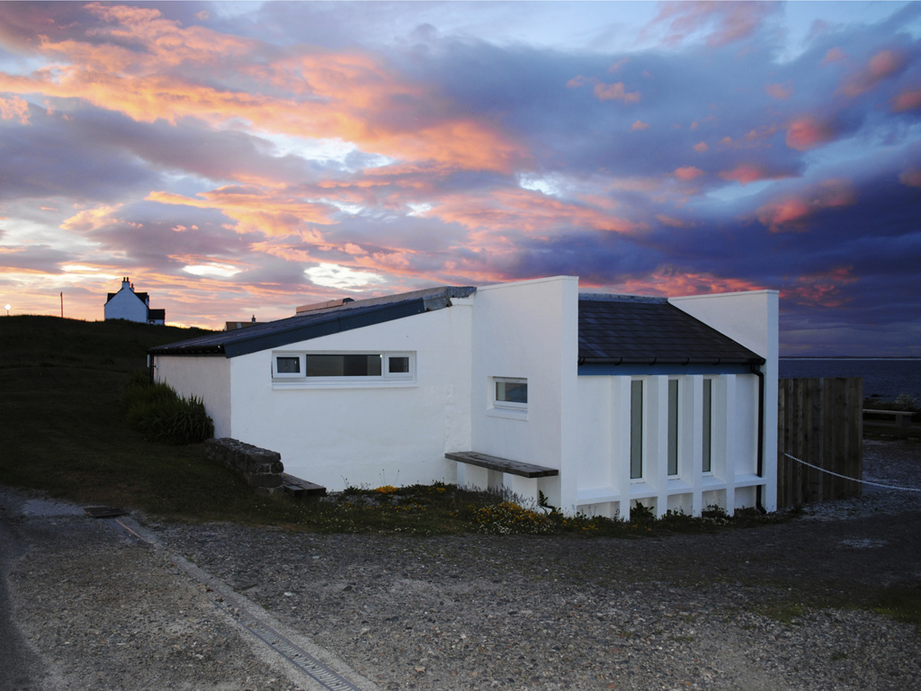 sunset at Blue Beyond Cottage Tiree